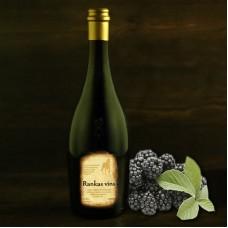 """Blackberry semi-sweet wine 0.75l """"Rankas Vīns"""""""